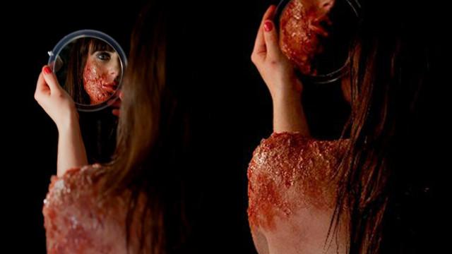 2010 - Acid Burns, an act of desire...
